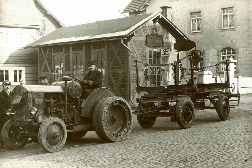 Über 100 Jahre Erfahrung mit Holz | Historie | Holz Bald GmbH